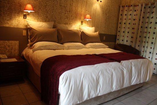 Bed lodge picture of sedia riverside hotel maun tripadvisor