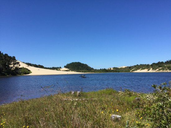 Oregon Dunes National Recreation Area: Lake and dunes