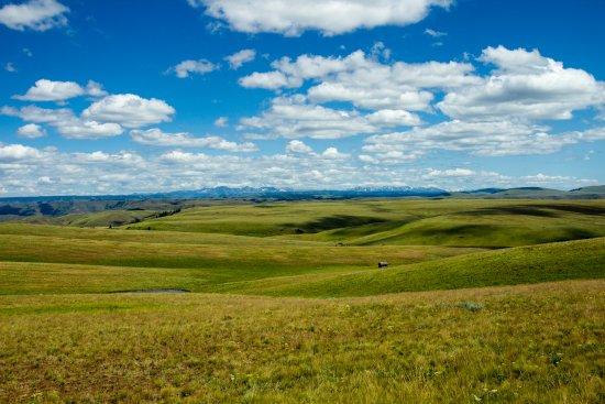 Enterprise, Όρεγκον: Zumwalt Prairie looking toward the Wallowas