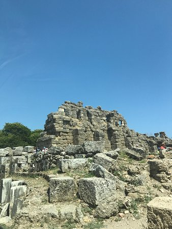Monumental Fountain (Nymphaeum) (Side, Turecko) - Recenze