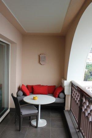 Monte-Carlo Bay & Resort: Balcony