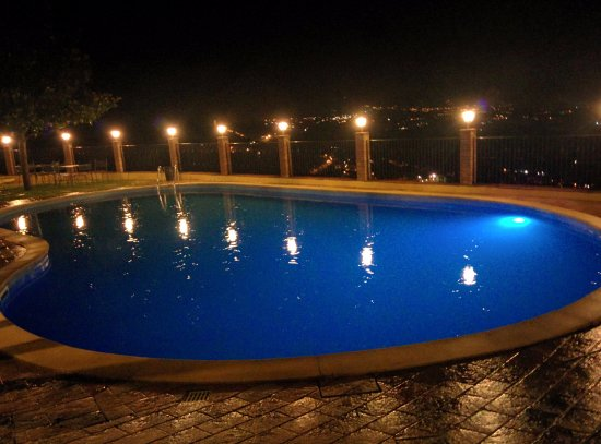 Country House Le Vedute: Piscina panoramica