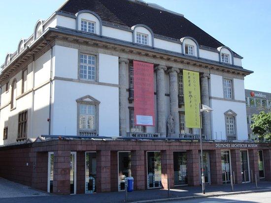 Deutsches architekturmuseum frankfurt am main aktuelle for Frankfurt architekturmuseum