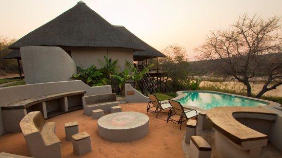 NYATI Safari Lodge: NYATI Olifant Villa Suite