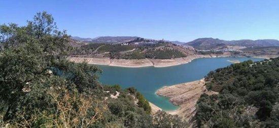 Embalse de Iznajar - Picture of Iznajar, Province of Cordoba