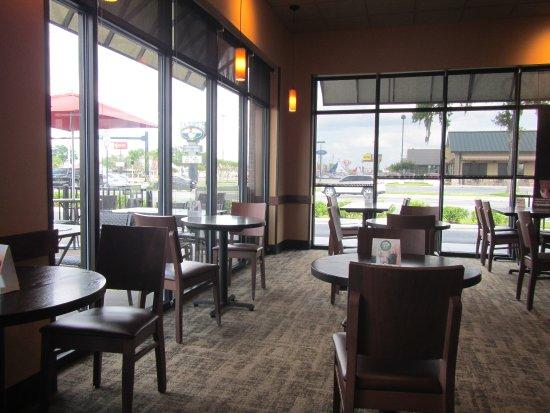 Lake City, FL: Inside of the restaurant