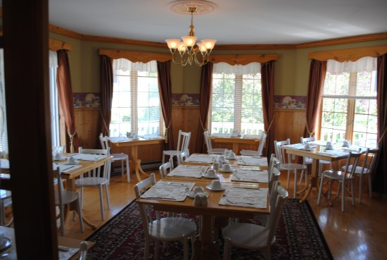L 39 ottima colazione photo de auberge maison gagn for Auberge maison gagne tripadvisor