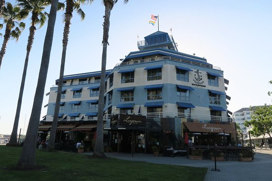 Waterfront Hotel And Lungomare Restaurant In Jack London
