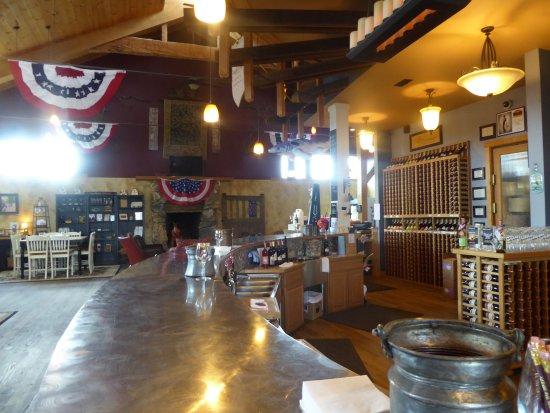 Barrel Oak Winery: Tasting Room