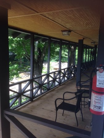Riverside Lodge at Chimney Rock