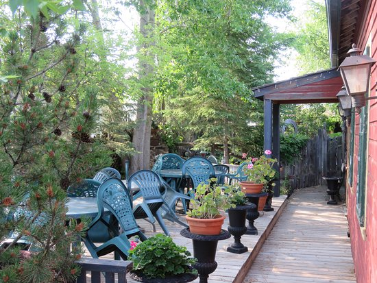 Delia, Kanada: Outdoor patio