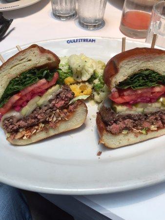 Gulfstream: Hamburger