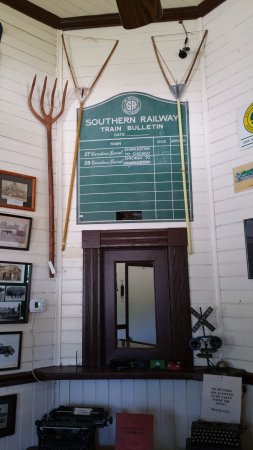 Oliver Springs, TN: Lots of train memorabilia