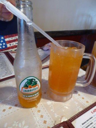 La Chocita Grill: Mandarin Soda