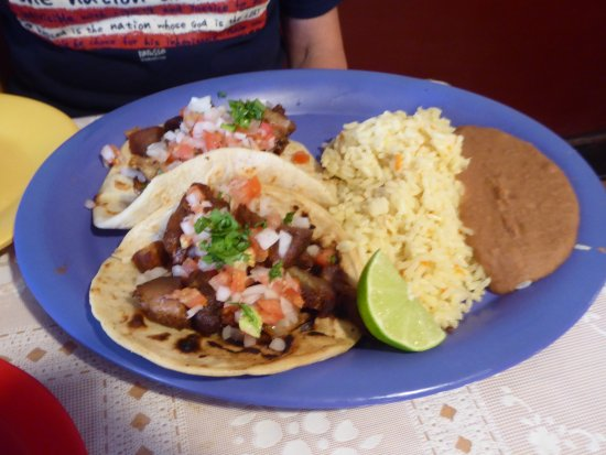 La Chocita Grill: Pork Tacos, Rice and Beans