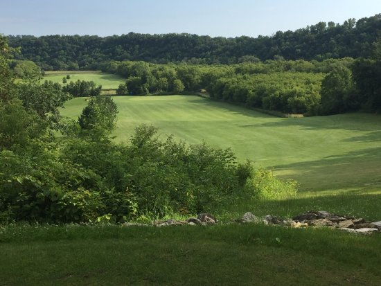Preston, MN: Elevated green and par 5
