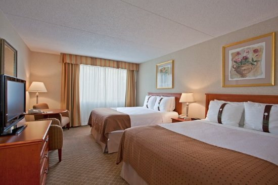Holiday Inn Calgary - Macleod Trail South: Double Bed Guest Room