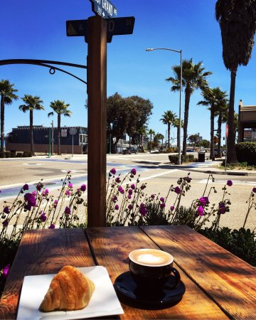 Grover Beach, CA: Red Bee Coffee