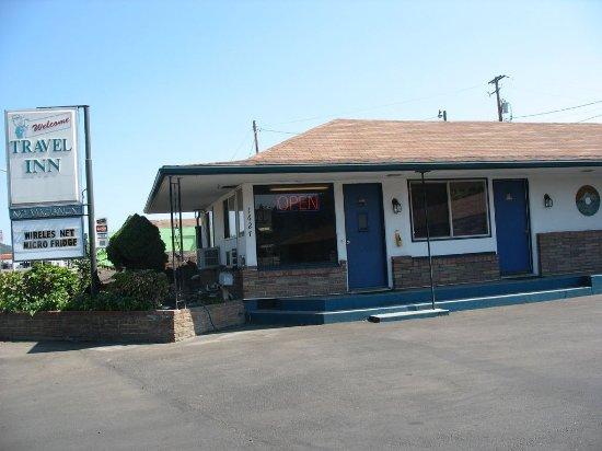 Roseburg, Орегон: Motel office outside