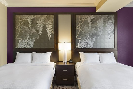DoubleTree by Hilton Savannah Historic District - UPDATED 2017 Prices & Hotel Reviews (GA ...