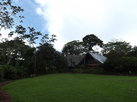 La Virgen, Costa Rica: Recepcion y restaurante