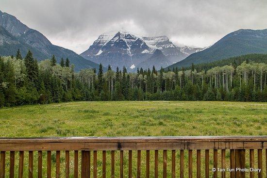 West Trek Tours: Mt Robson