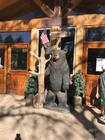 Williams, AZ: entrance to restaurant and gift shop