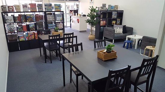 Nambour, Australien: Board Games and More store interior