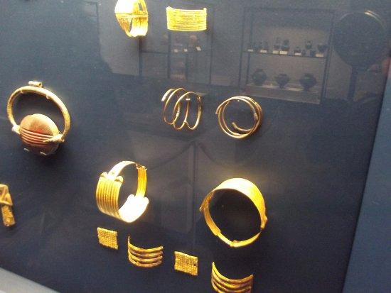 Glyptothek: Etruscan gold