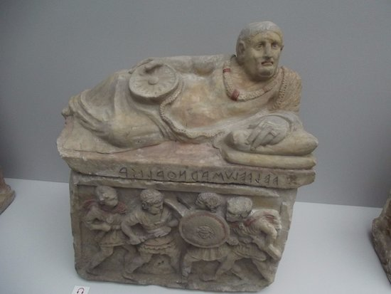 Glyptothek: Box for cremation dust of an ancient Greek noble