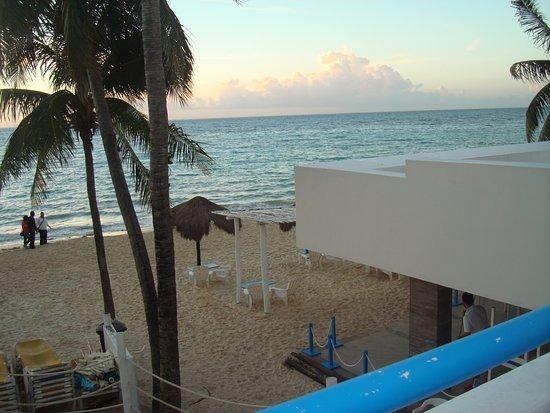 Pelicano Inn: Vy ifrån balkong Rum 201