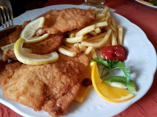 Obervellach, Austria: Wiener Schnitzel