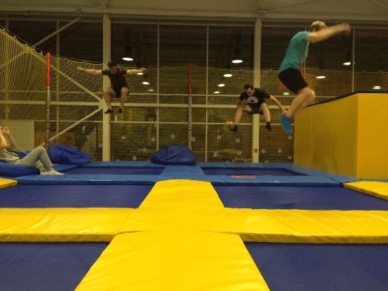 Trampoline Center Oblaka