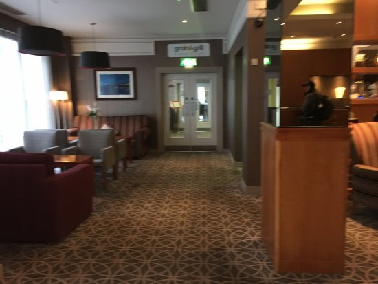Maldron Hotel Parnell Square: reception3