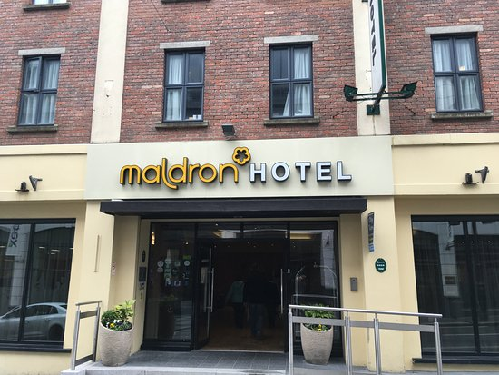 Maldron Hotel Parnell Square: entrance