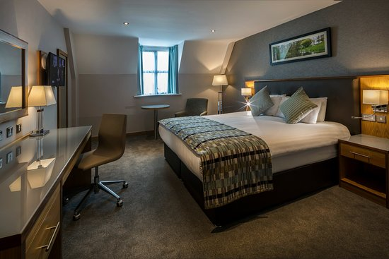 Westgrove Hotel and Conference Centre: Newly refurbished bedroom