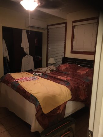 Barbers point beach cottages specialty inn reviews ewa for Cabins in oahu