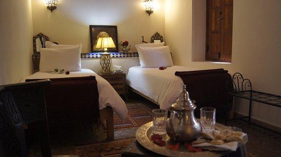 Riad Les Trois Palmiers El Bacha: Standard Twin Room Mérinide