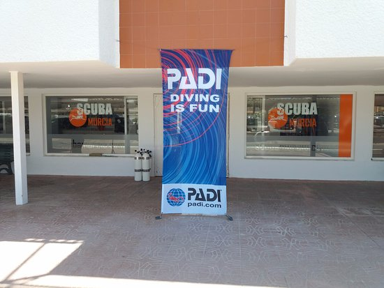 La Manga del Mar Menor, Spain: Scuba Murcia Shop Front - PADI Flag, La Manga