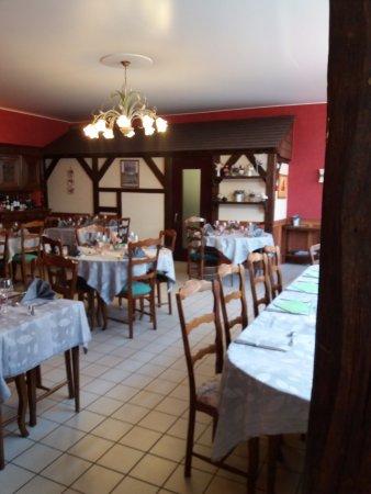 Vibraye, Francia: Salle de restaurant