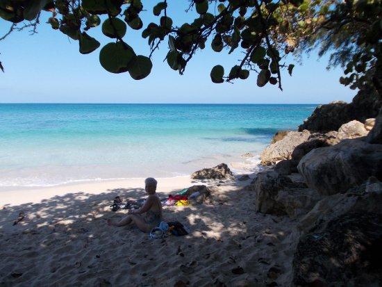 Santa Cruz del Norte, Cuba: nur 800 Meter weiter weatwerts...kleine KuschelBuchten...