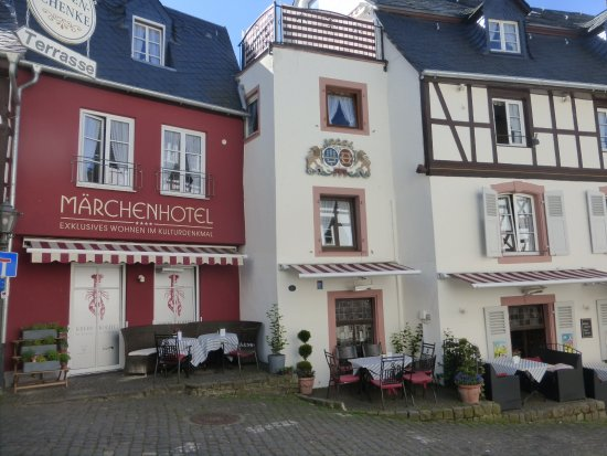 Marchenhotel: Great hotel .. excellent location for dear old lovely Bernkastel!!