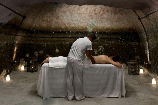 Aria Suites: Massage Room - Old Watertank