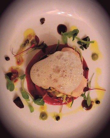 Restaurant 22 : Tuna carpaccio..