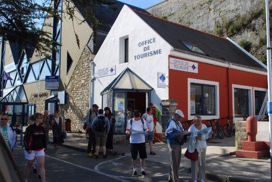 Votre office de tourisme se situe quelques pas du - Office de tourisme de belle ile en mer ...