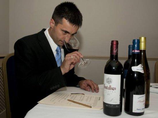Restaurant 22 : Writing the new wine list.