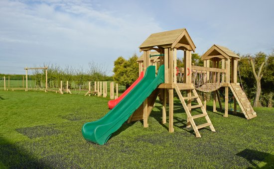 Appleby Magna, UK: Play Structure