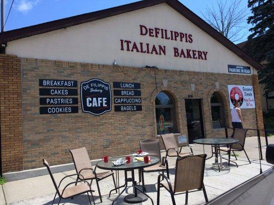 Monticello, NY: DeFilippis Italian Bakery