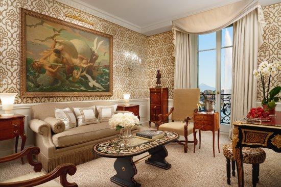 Hotel Du0027Angleterre: Bellevue Suite. Hotel Du0027Angleterre: Salon Parquet