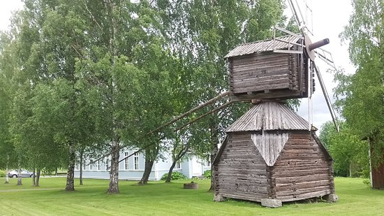 Alavus, ฟินแลนด์: Local historical windmill (moved from Soukkala house).